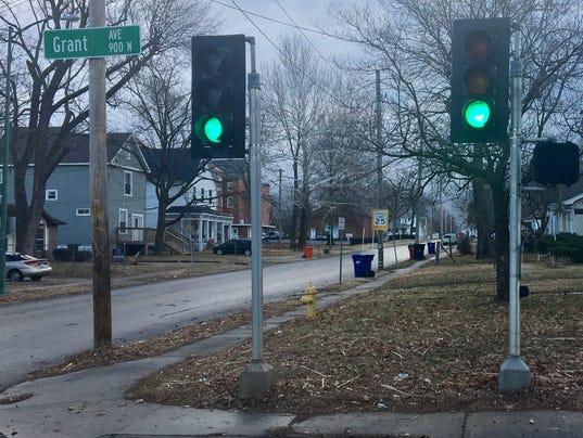 636513497574570110-Traffic-signals-lighter.jpg
