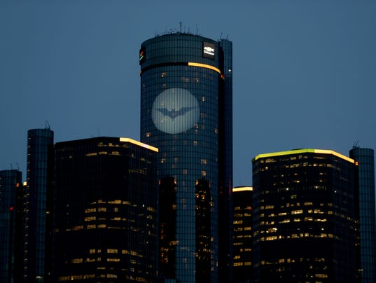 Batman 39 S Signal Shines Over Rencen In Gm Auto Show Tease
