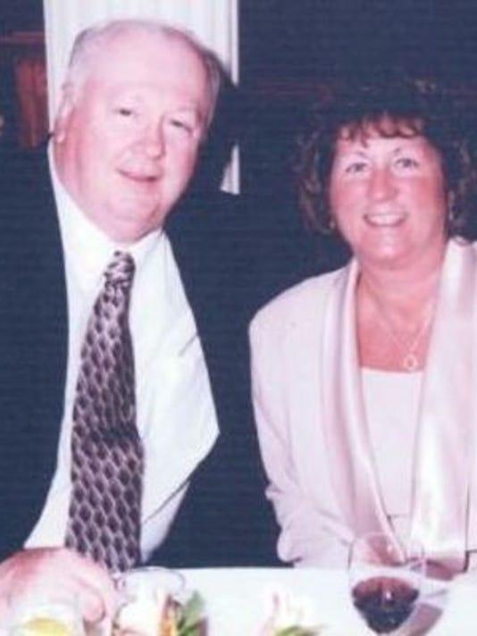 Anniversaries: John Bemmogmhoff & Lynne Benninghoff