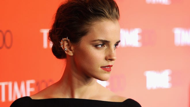 Emma Watson, our new favorite Twitter librarian.