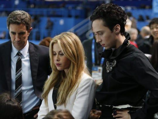 Figure skating commentators Tara Lipinski and Johnny