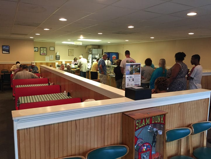 The Redwood Cafeteria offers meat, sides and desserts