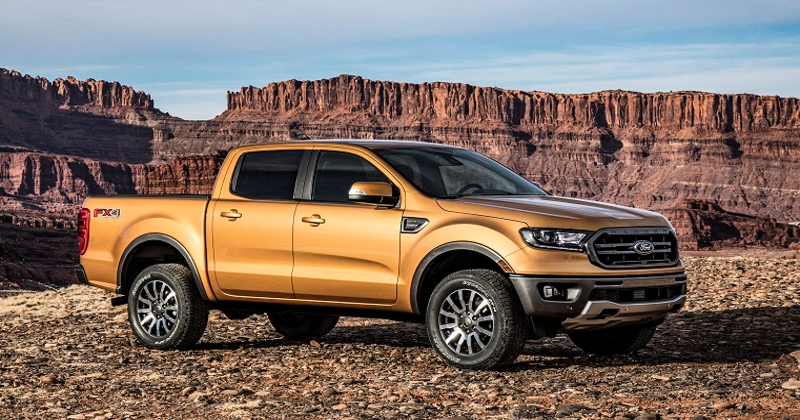 ford shows new ranger midsize pickup ahead of detroit auto. Black Bedroom Furniture Sets. Home Design Ideas