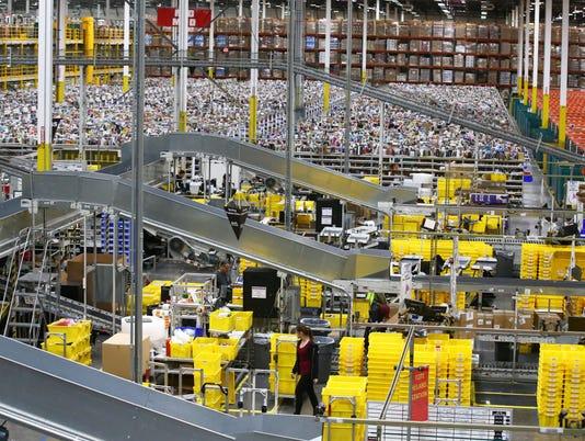 Amazon brings jobs to Phoenix
