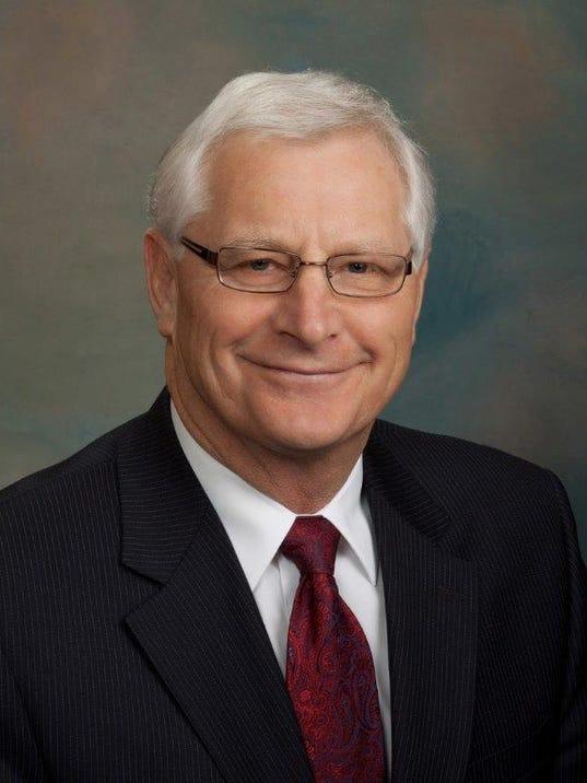 dacotah bank announces leadership changes