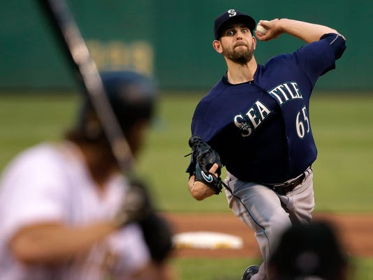 Seattle Mariners starting pitcher James Paxton delivers during the fourth inning of a baseball game against the Pittsburgh Pirates in Pittsburgh, Wednesday, July 27, 2016. (AP Photo/Gene J. Puskar)