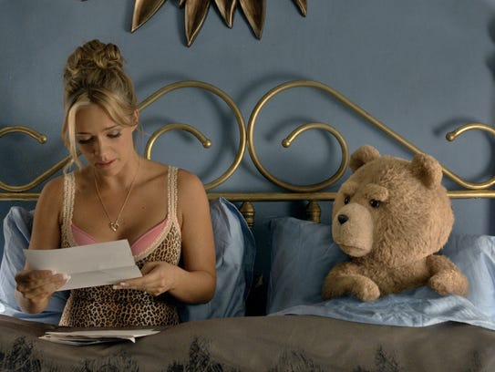 Tami-Lynn (Jessica Barth) and Ted (voice of Seth MacFarlane)