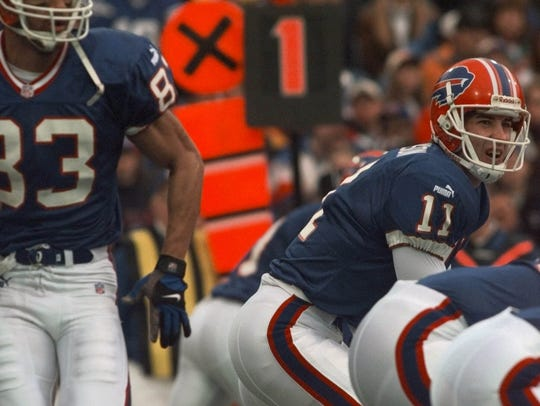 -  -Buffalo Bills quarterback Rob Johnson (11) calls