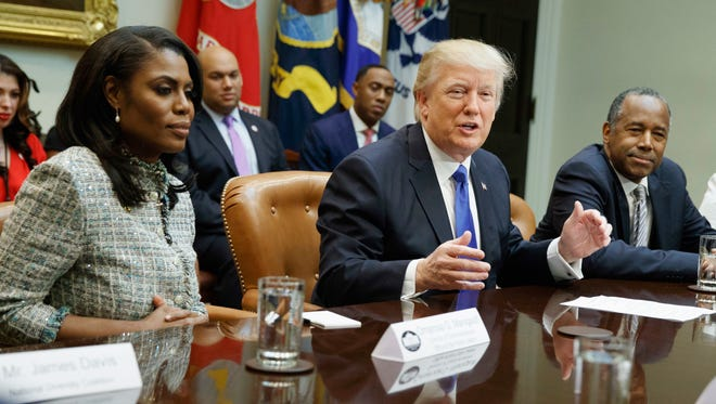 Apparently, Michael Cohen wasn't the only one taping conversations with President Trump. The Daily Beast reports that Former White House staffer Omarosa did, too.