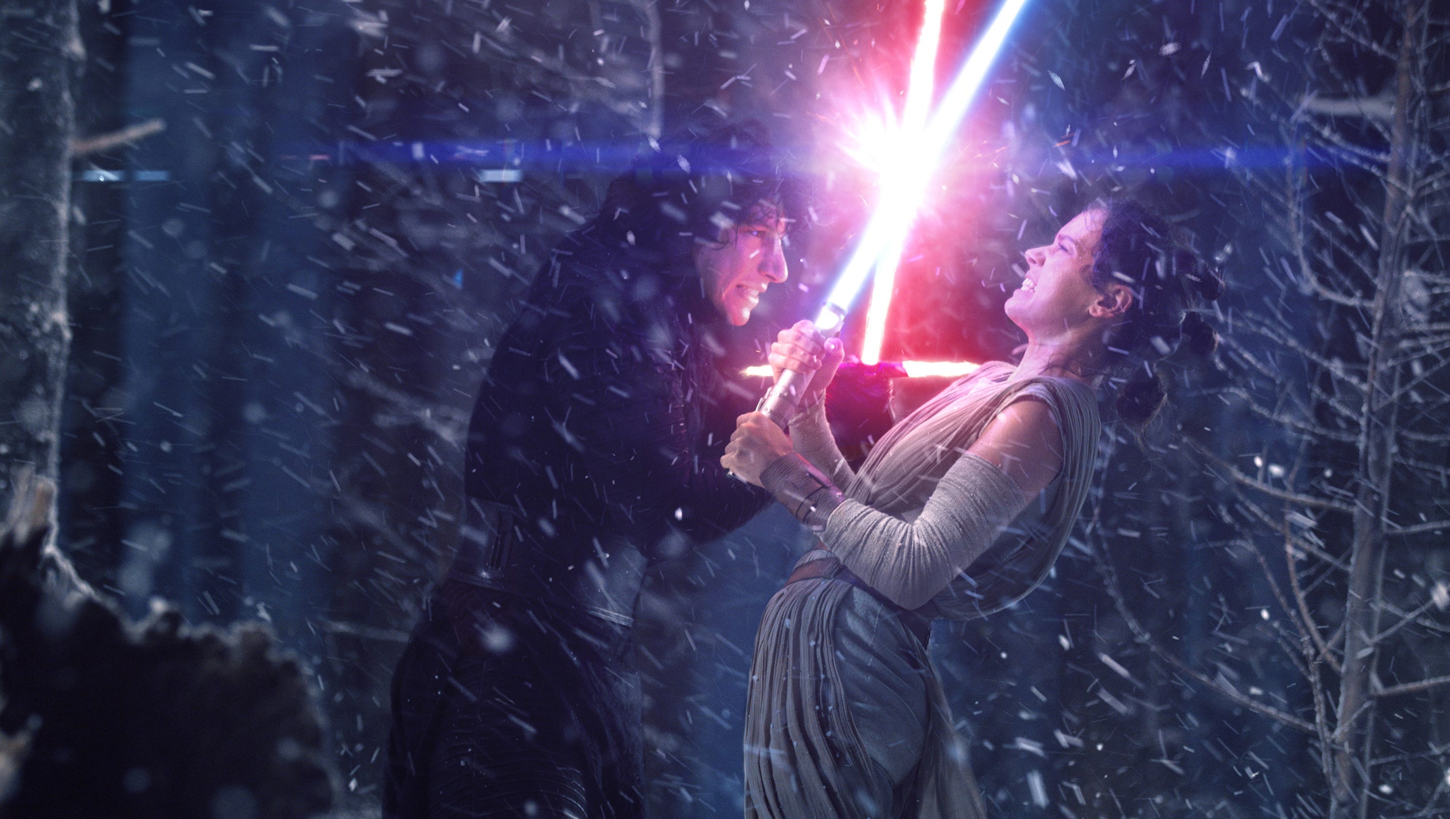 'Star Wars': What's going on with Kylo Ren and Rey in 'The Last Jedi'?