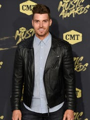 Luke Pell on the red carpet at the 2018 CMT Awards