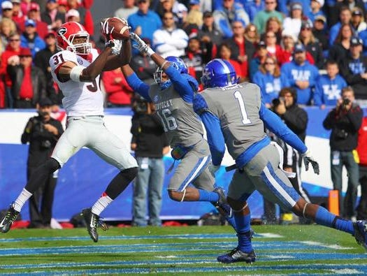 Georgia's Chris Conley caught a 1st quarter touchdown pass to put the Bulldogs up 14-0 on Saturday at UK.