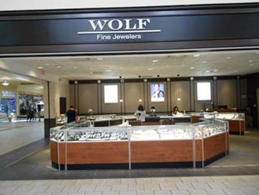 635773325323099052-WolfJewels