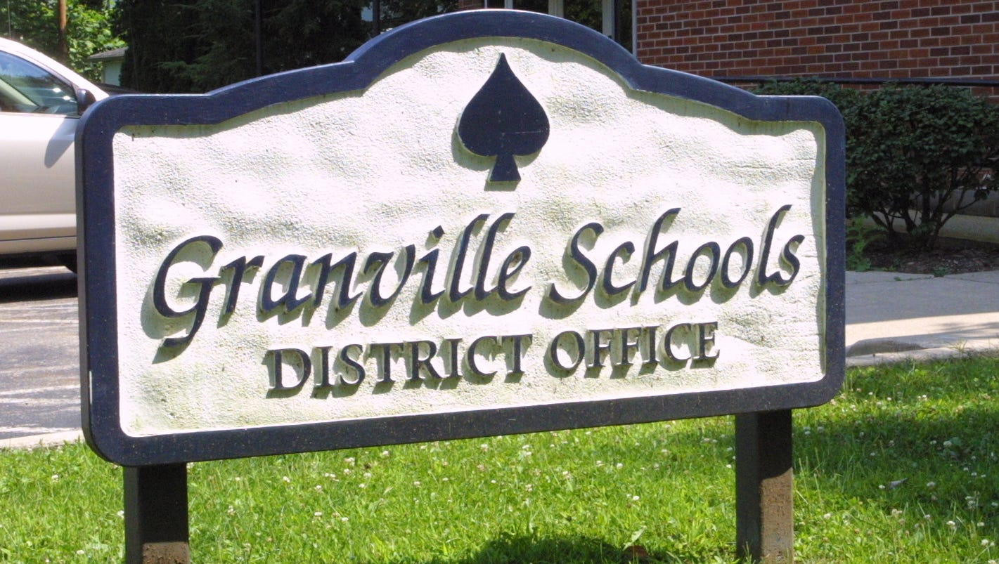 granville schools to step up 1 on 1 project based learning this year. Black Bedroom Furniture Sets. Home Design Ideas