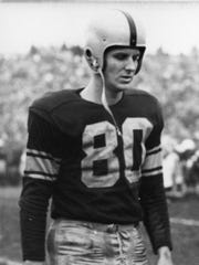 Dick Deschaine, a punter with the Green Bay Packers
