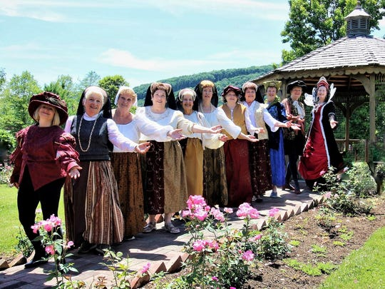 Members of the Madrigal Choir of Binghamton will perform