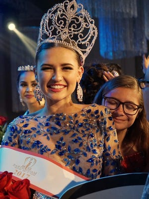 Emma Sheedy, winner of Miss Earth Guam 2017.