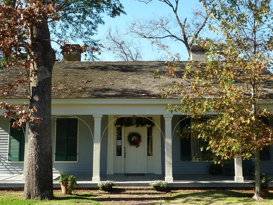 Historic Christmas at the Oaks House Museum is Saturday.