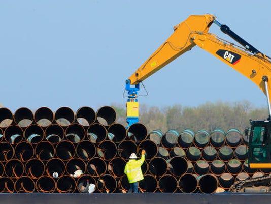 Pipeline+Protest_Fett.jpg