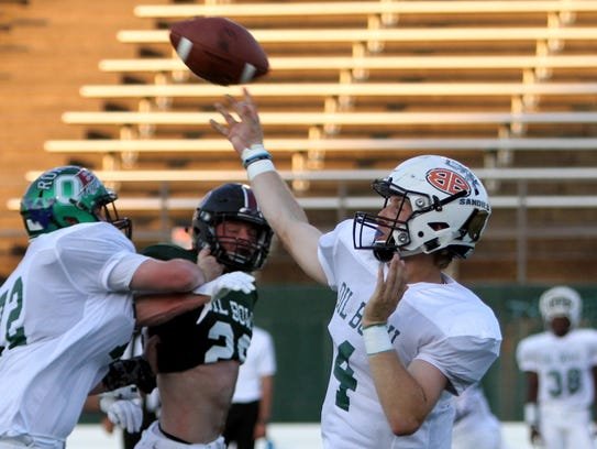 West's Mitchell Jennings passes in the all-star game
