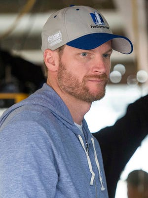 Dale Earnhardt Jr. is planning to return to NASCAR after sitting out half of last season with a concussion.