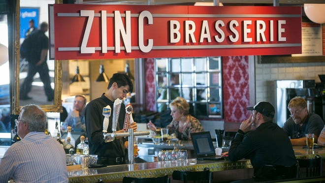 Local restaurants are one reason for Sky Harbor Airport's No. 1 ranking.