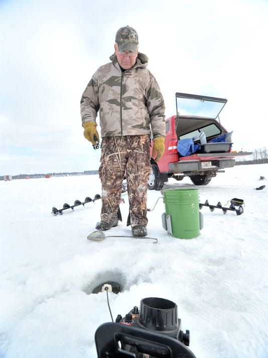 635822355975878056-WDHBrd-02-17-2013-Herald-1-C002--2013-02-13-IMG-WDH-0217-Ice-Fishing-1-1-L53CVBN6-IMG-WDH-0217-Ice-Fishing-1-1-L53CVBN6