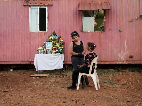 Selene Ramirez, 22, and her mother, Elvira Canizales,