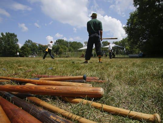 vintage-baseball-bats.jpg