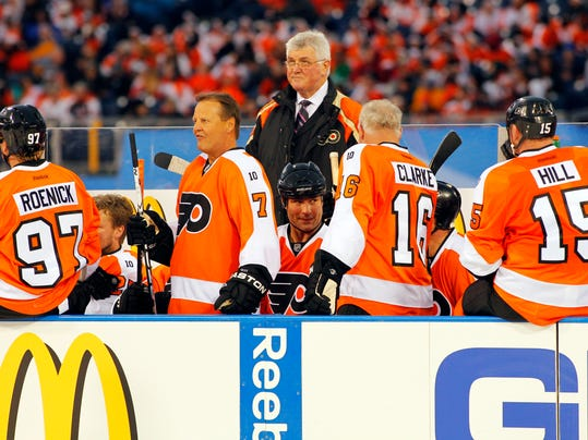 17 dies on the bench hockey giant