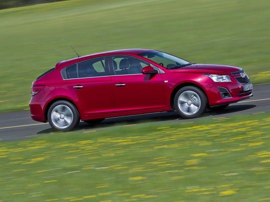 Chevrolet-Cruze-5-door-279944