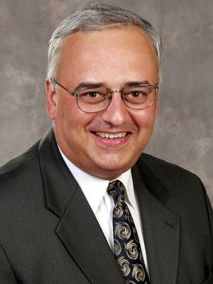 Todd Kuckkahn is stepping down as president of Stevens Point Area Catholic Schools.