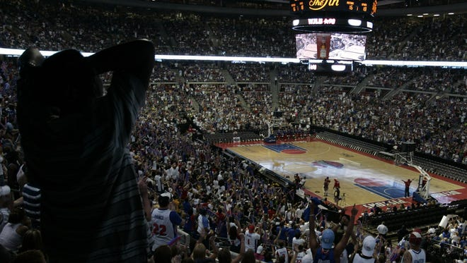 Pistons fans react as they watch Game 7 of the NBA Finals between the San Antonio Spurs and the Pistons on the PalaceVision at the Palace in Auburn Hills, Mich., Thursday, June 23, 2005. The announced sold-out crowd was 22,076.
