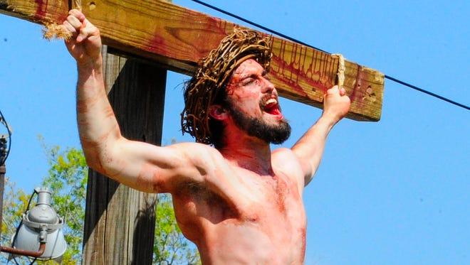 A UL student portrays Jesus.