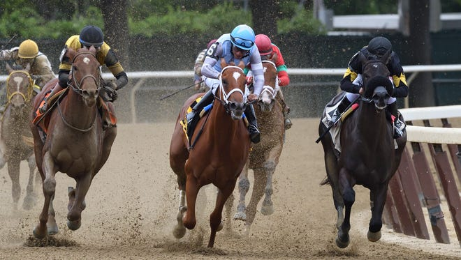 Ellis Park-based Waki Patriot (#6 under Paco Lopez) put a scare into the hometown fillies in Thursday's $150,000 Astoria Stakes at Belmont Park. But I Still Miss You (rail) edged away late to win by 2 1/4 lengths, with Best Performance (#7) beating Waki Patriot a nose for second after battling through the stretch.