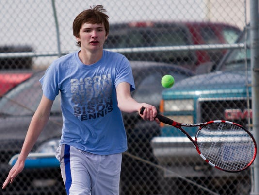 -02-tennis-GFH.jpg_20150402.jpg