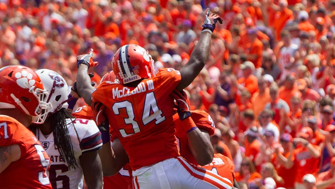Clemson Tigers wide receiver Ray-Ray McCloud (34) celebrates a TD.