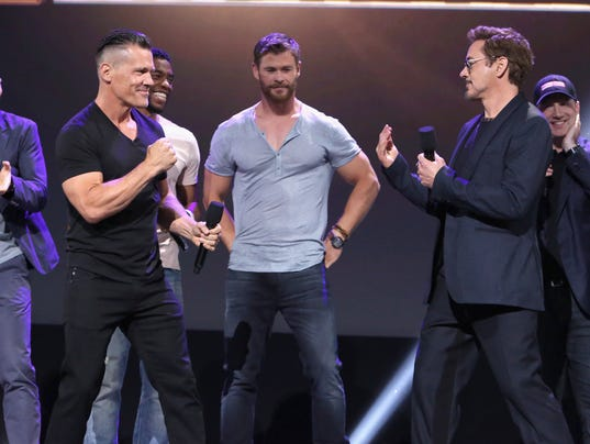 'Avengers: Infinity War' first look explodes as superheroes assemble at D23 Expo – USA TODAY