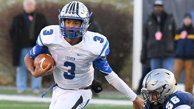 Quarterback Jayden Williams, who this year led Robert E. Lee to its first state football championship game, was named the VHSL Class 2 Offensive Player of the Year on Thursday.