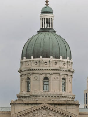 Indiana Statehouse, looking west down Market Street from Monument Circle.  Joe Vitti / The Star