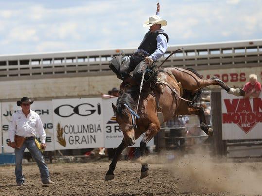 -rodeo_01.jpg_20140608.jpg