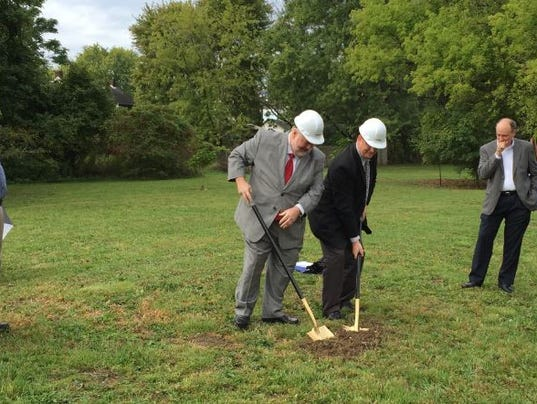 636107521734020012-Capture-Grandview-groundbreaking.JPG