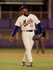 New York Mets pitcher Anthony Young laughs between