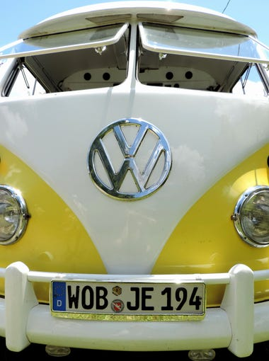 Robert Simon's restored 1961 VW Transporter with Teardrop