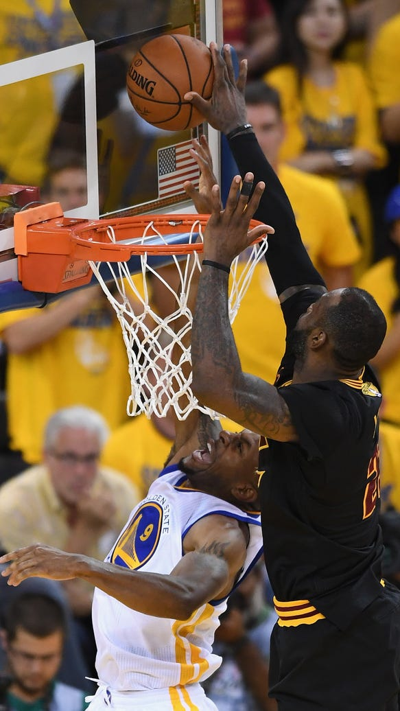 See LeBron's latest spectacular chase-down block