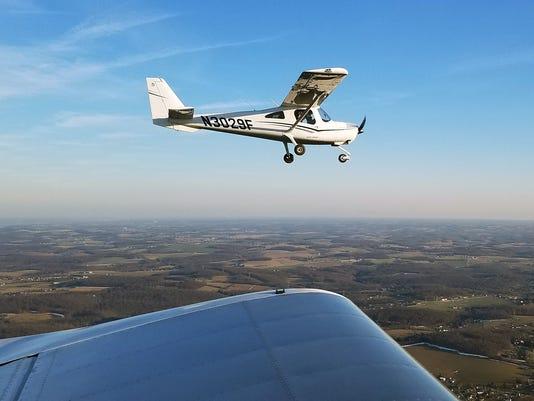 YDR-SUB-032317-plane-emergency-landing
