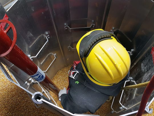 A grain bin rescue device can be aligned to form a wall, a tube or shapes depending on the rescue situation.
