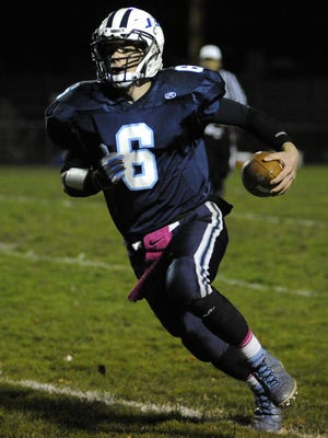 Senior quarterback Brett Bahrs and his Roncalli teammates are taking aim at the league title in the program's return to the Eastern Wisconsin Conference.
