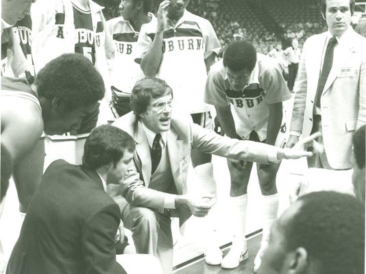 Sonny Smith coaching in 1981 SEC Tournament with assistant coach Herbert Gre