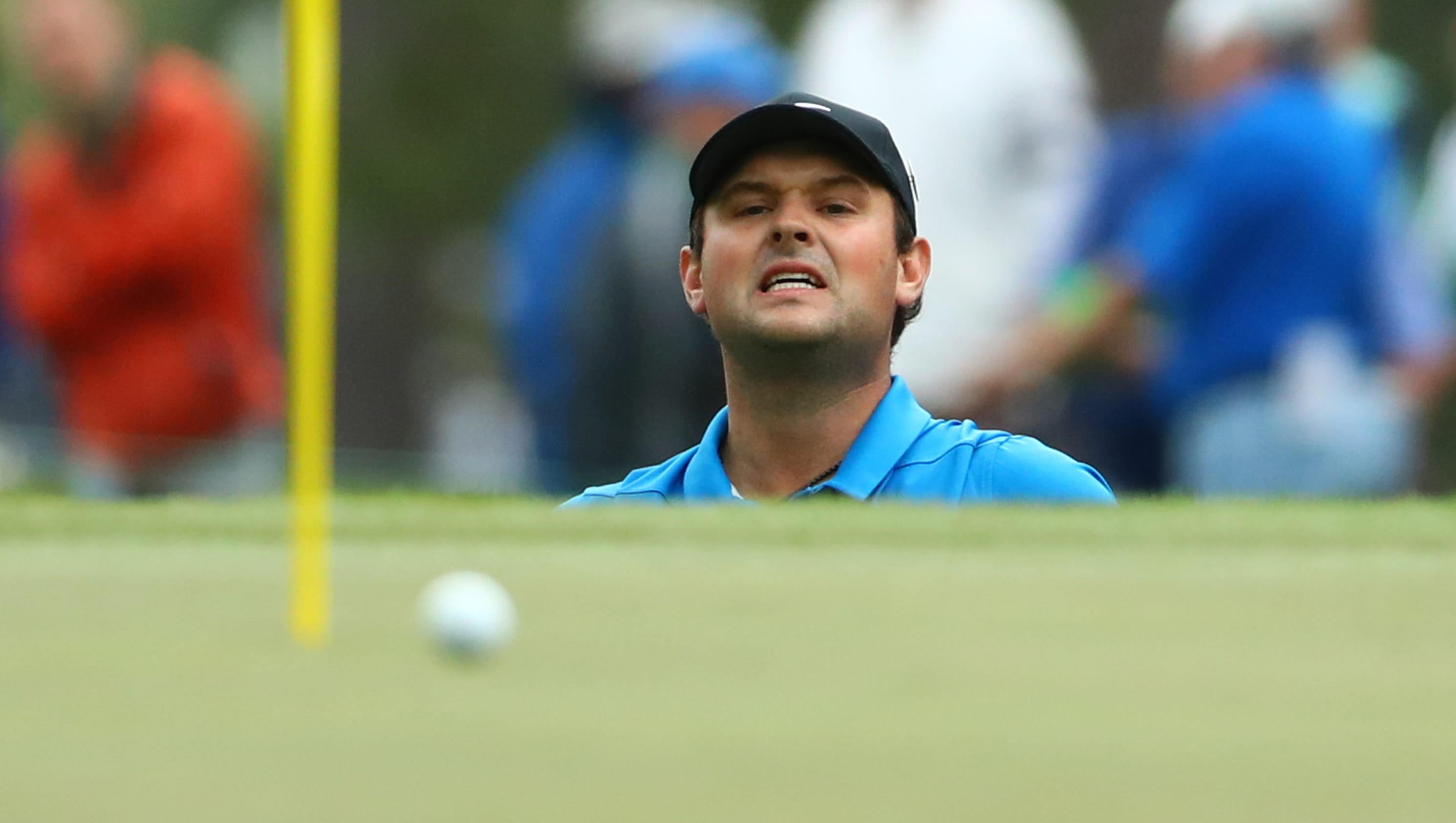 masters live  tracking tiger woods and patrick reed in